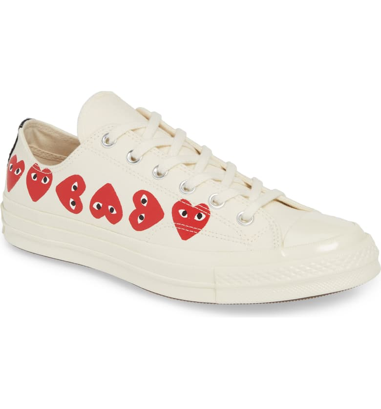 Comme des Garçons PLAY x Converse Chuck Taylor Low Top Sneakers